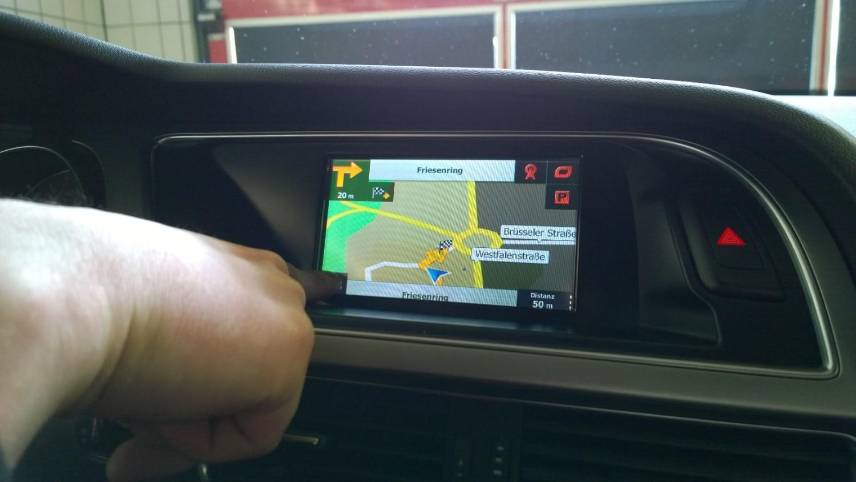 navigation dein car hifi kfz alarm. Black Bedroom Furniture Sets. Home Design Ideas